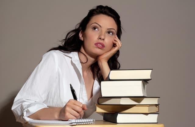 להעביר את הרעיונות לכדי הכתב בקורס כתיבה יוצרת